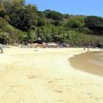 Praia do Cachorro é a praia mais popular da ilha de Fernando de Noronha, Brasil. Author and Copyright Marco Ramerini