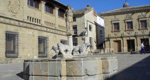 Fuente de los Leones, Baeza, Andaluzia, Espanha. Author and Copyright Liliana Ramerini