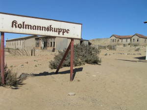 Kolmanskop, Namíbia. Autor e Copyright Marco Ramerini