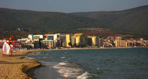 Sunny Beach, Bulgária. Autor Михал Орела. Licensed under Creative Commons Attribution