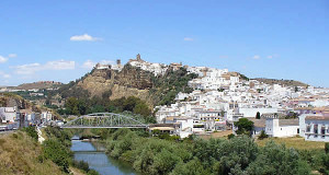 Arcos de la Frontera, Andaluzia, Espanha. Author and Copyright Liliana Ramerini