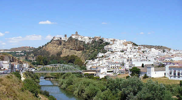 Arcos de la Frontera, Andaluzia, Espanha. Author and Copyright Liliana Ramerini