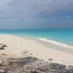 Caminhando ao longo da praia, Cape Santa Maria Beach Resort, Long Island, Bahamas. Autor e Copyright Marco Ramerini