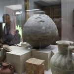 Vasos de terracota, Museu do Cristal e da Cerâmica, Teerã, Irã. Autor e Copyright Marco Ramerini.