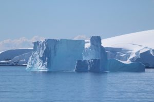 Icebergue, Arquipélago Palmer, Antártida. Autor e Copyright Marco Ramerini