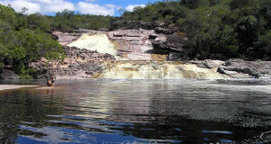 Cachoeira do rio Roncador, Marimbus Pantanal, Chapada Diamantina, Bahia, Brasil. Author and Copyright Marco Ramerini