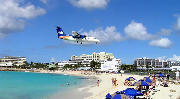 Maho Bay, Sint Maarten. Author and Copyright Marco Ramerini