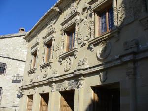 Casa del Pópulo (o de Los Leones), Baeza, Andaluzia, Espanha. Author and Copyright Liliana Ramerini