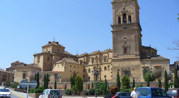 Catedral de Guadix, Andaluzia, Espanha. Author and Copyright Liliana Ramerini.