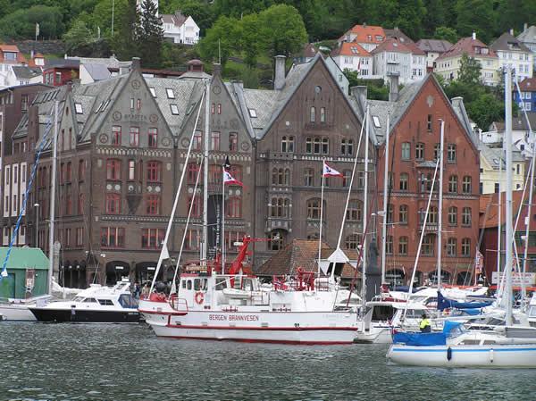 Bryggen, Bergen, Noruega. Autor e Copyright Marco Ramerini,,