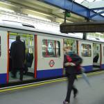 Metro de Londres, Reino Unido. Autor e Copyright Niccolò di Lalla