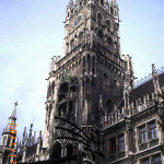 Neues Rathaus, Marienplatz, Munique, Baviera, Alemanha. Autor e Copyright Liliana Ramerini