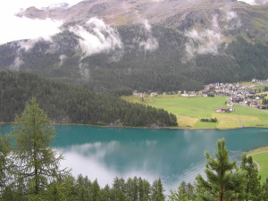 Lago de Silvaplana, Grisões, Suíça. Autor e Copyright Marco Ramerini