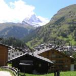 Zermatt com o fundo a cimeira do Cervino-Matterhorn, Suíça. Autor e Copyright Marco Ramerini