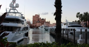 Atlantis Paradise Island, Atlantis Marina Village, Paradise Island, Nassau, New Providence, Bahamas. Autor e Copyright Marco Ramerini,