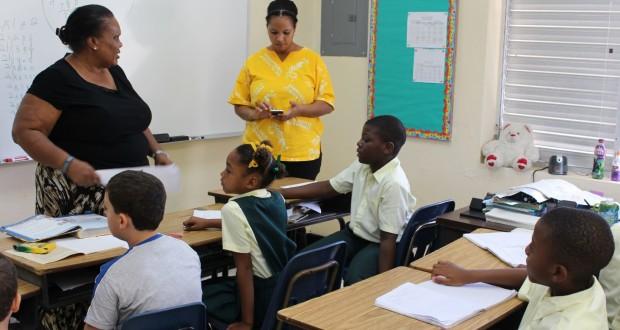Glintons Primary School, Bahamas. Autor e Copyright Marco Ramerini