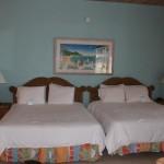 O interior de um Two-Bedroom Beachfront Bungalow Cape Santa Maria Beach Resort, Long Island, Bahamas. Autor e Copyright Marco Ramerini