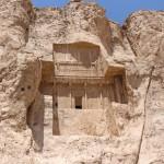 O túmulo de Artaxerxes I, Naqsh-e Rostam, Irã. Autor e Copyright Marco Ramerini