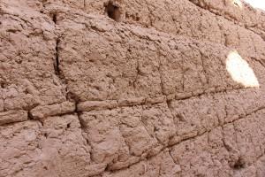 Detalhe das muralhas da fortaleza Narin Qal'eh, Meybod, Irã. Autor e Copyright Marco Ramerini
