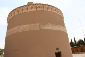 Torre para pombos, Meybod, Irã. Autor e Copyright Marco Ramerini