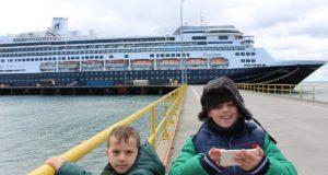 Andrea e Mattia, Punta Arenas, Chile. Autor e Copyright Marco Ramerini