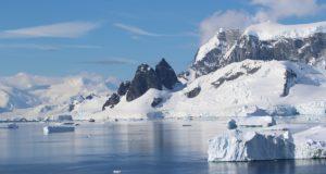 Danco Coast, Antártida. Autor e Copyright Marco Ramerini