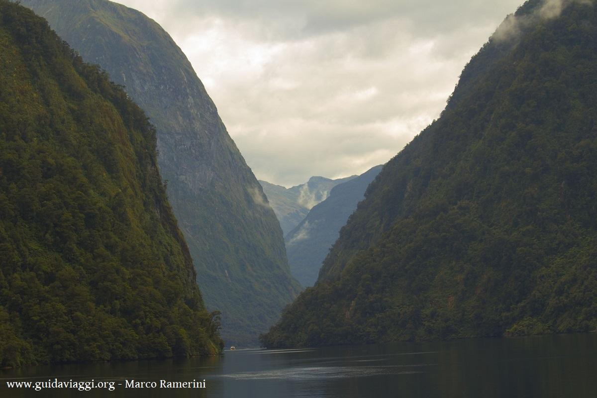 Doubtful Sound, Nova Zelândia. Autor e Copyright Marco Ramerini