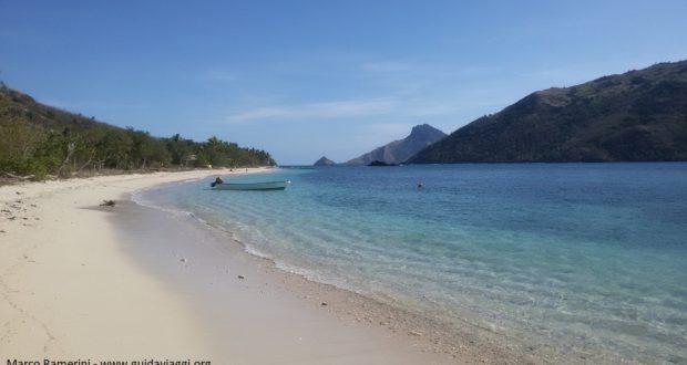 A praia, Kuata, Ilhas Yasawa, Fiji. Autor e Copyright Marco Ramerini
