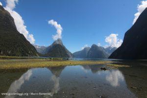 Milford Sound, Nova Zelândia. Autor e Copyright Marco Ramerini