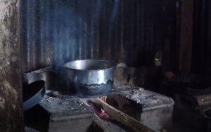 Cozinha típica de uma casa de Fiji. Autor e Copyright Marco Ramerini