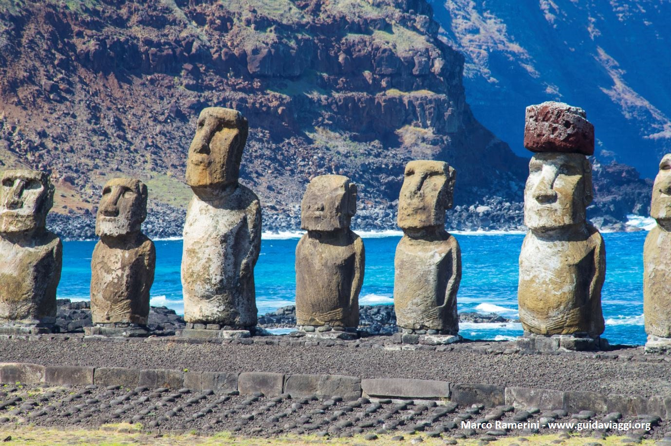 Ahu Tongariki, Ilha de Páscoa, Chile. Autor e Copyright Marco Ramerini