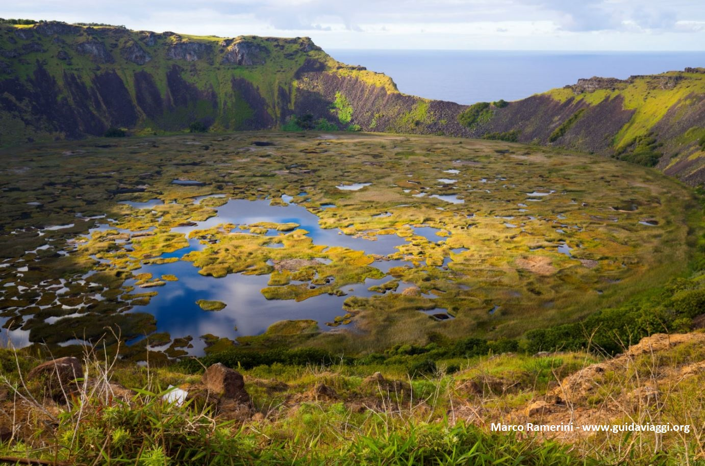 Rano Kau, Ilha de Páscoa, Chile. Autor e Copyright Marco Ramerini