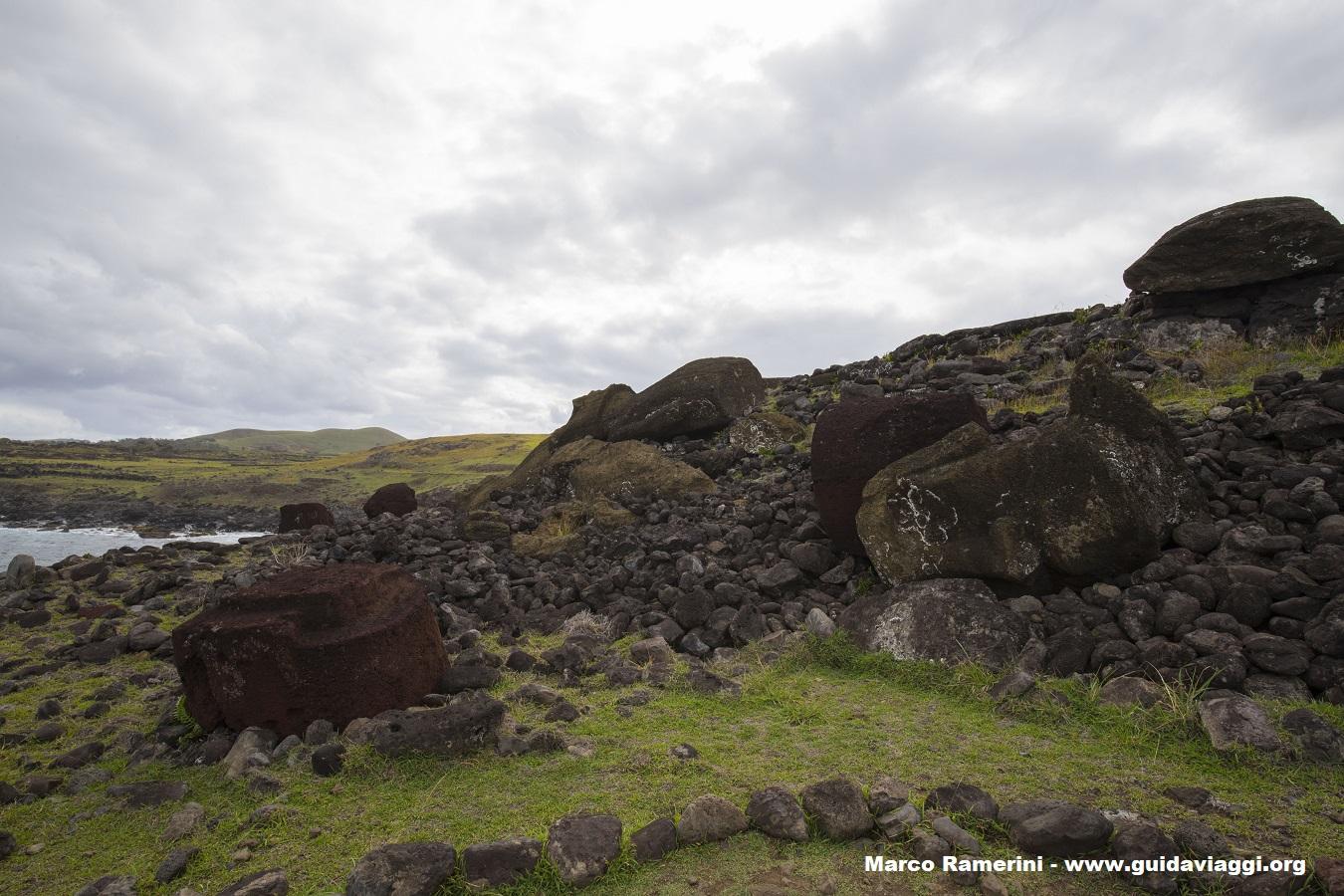 Ahu Akahanga, Ilha de Páscoa, Chile. Autor e Copyright Marco Ramerini.