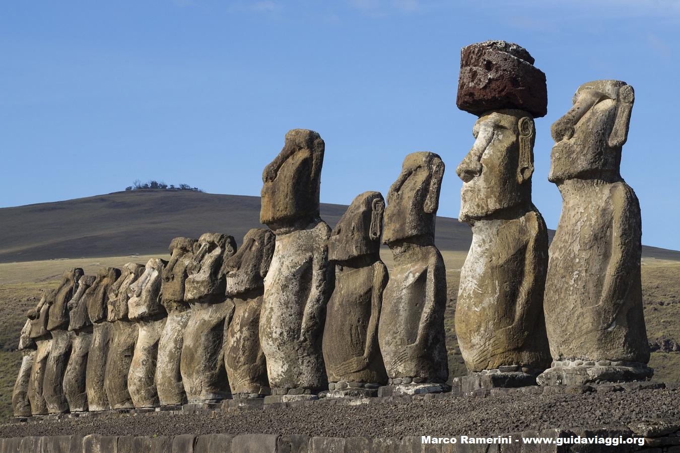 Ahu Tongariki, Ilha de Páscoa, Chile. Autor e Copyright Marco Ramerini.