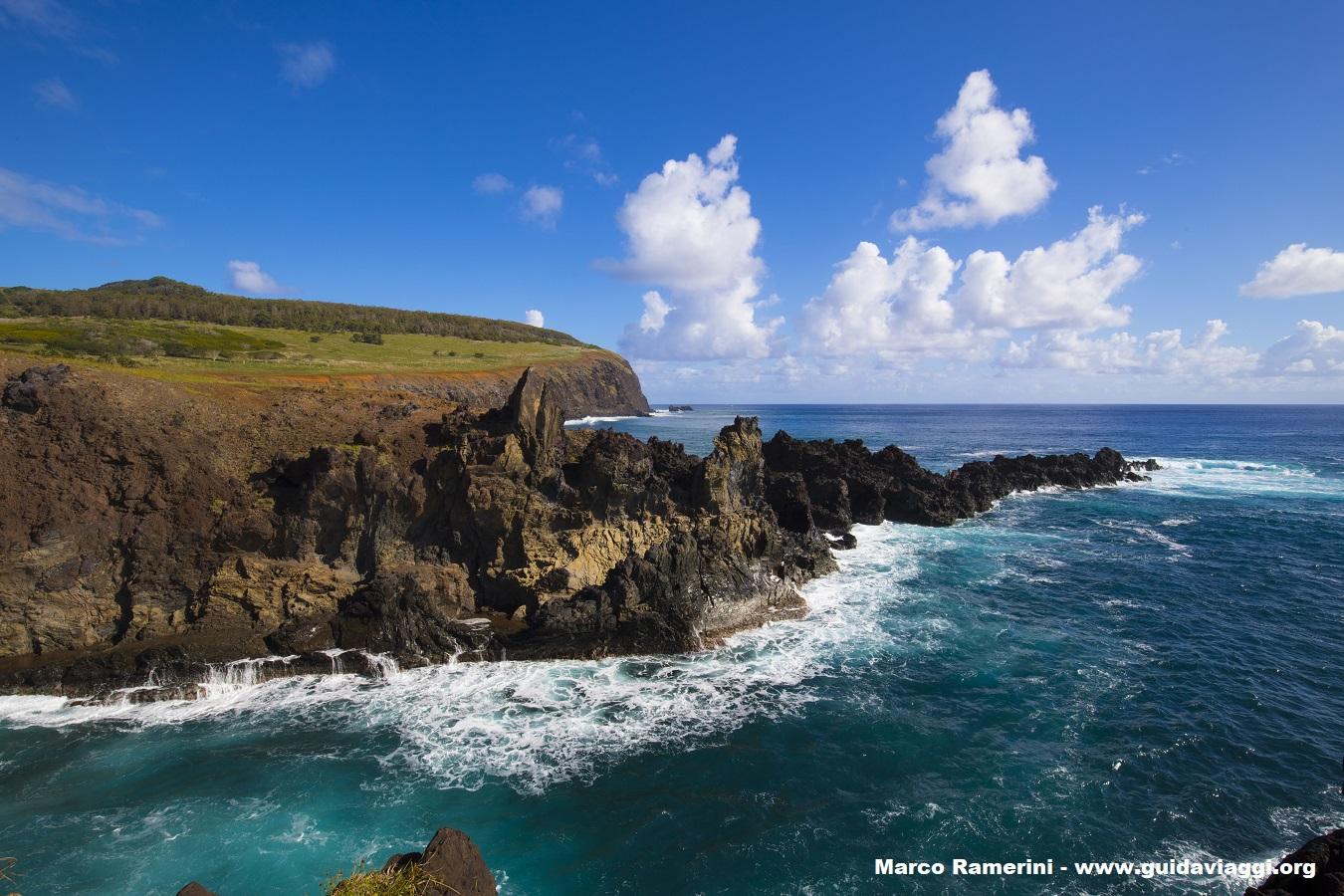 Ana Kai Tangata, Ilha de Páscoa, Chile. Autor e Copyright Marco Ramerini.