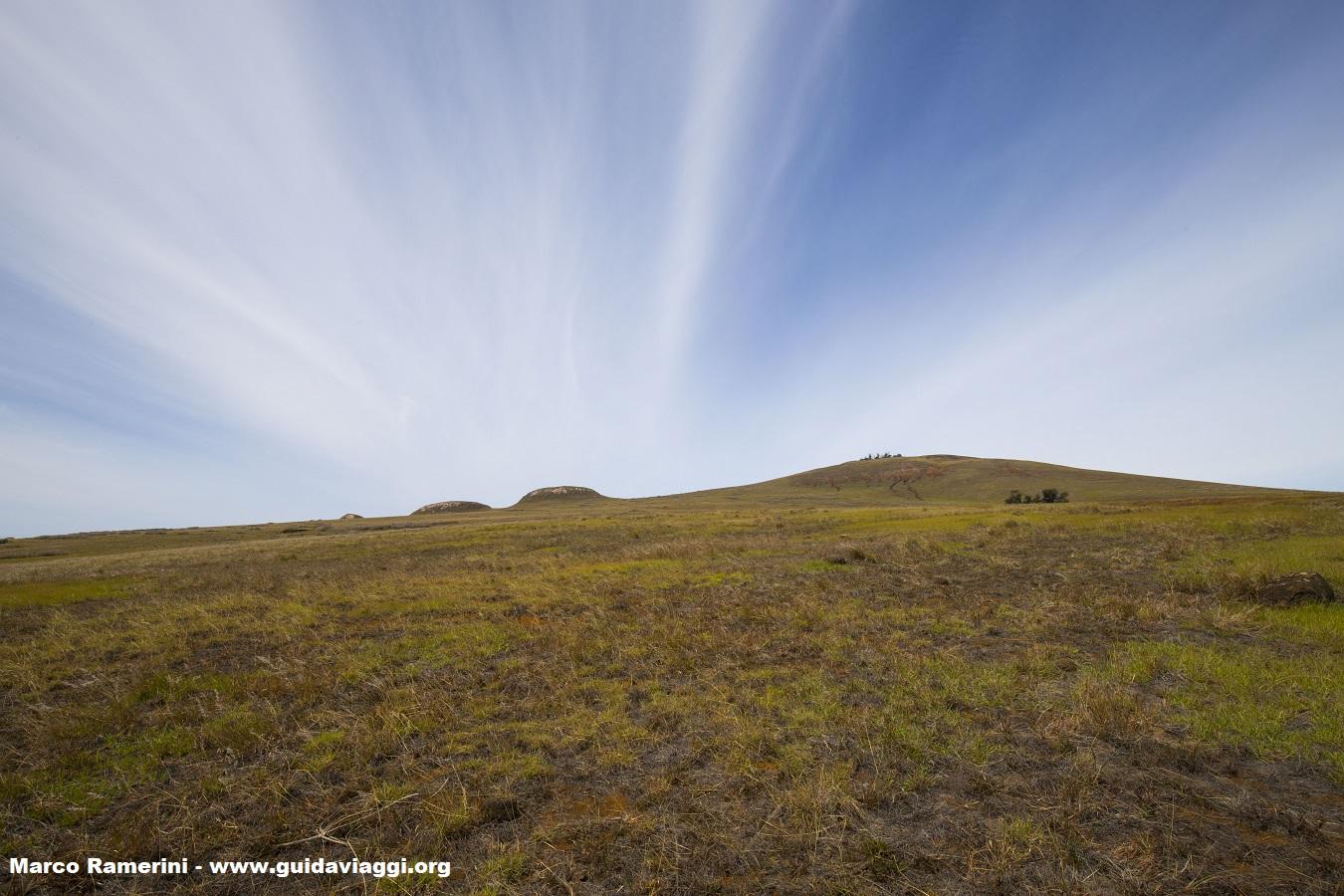 Vulcão Poike, Ilha de Páscoa, Chile. Autor e Copyright Marco Ramerini.