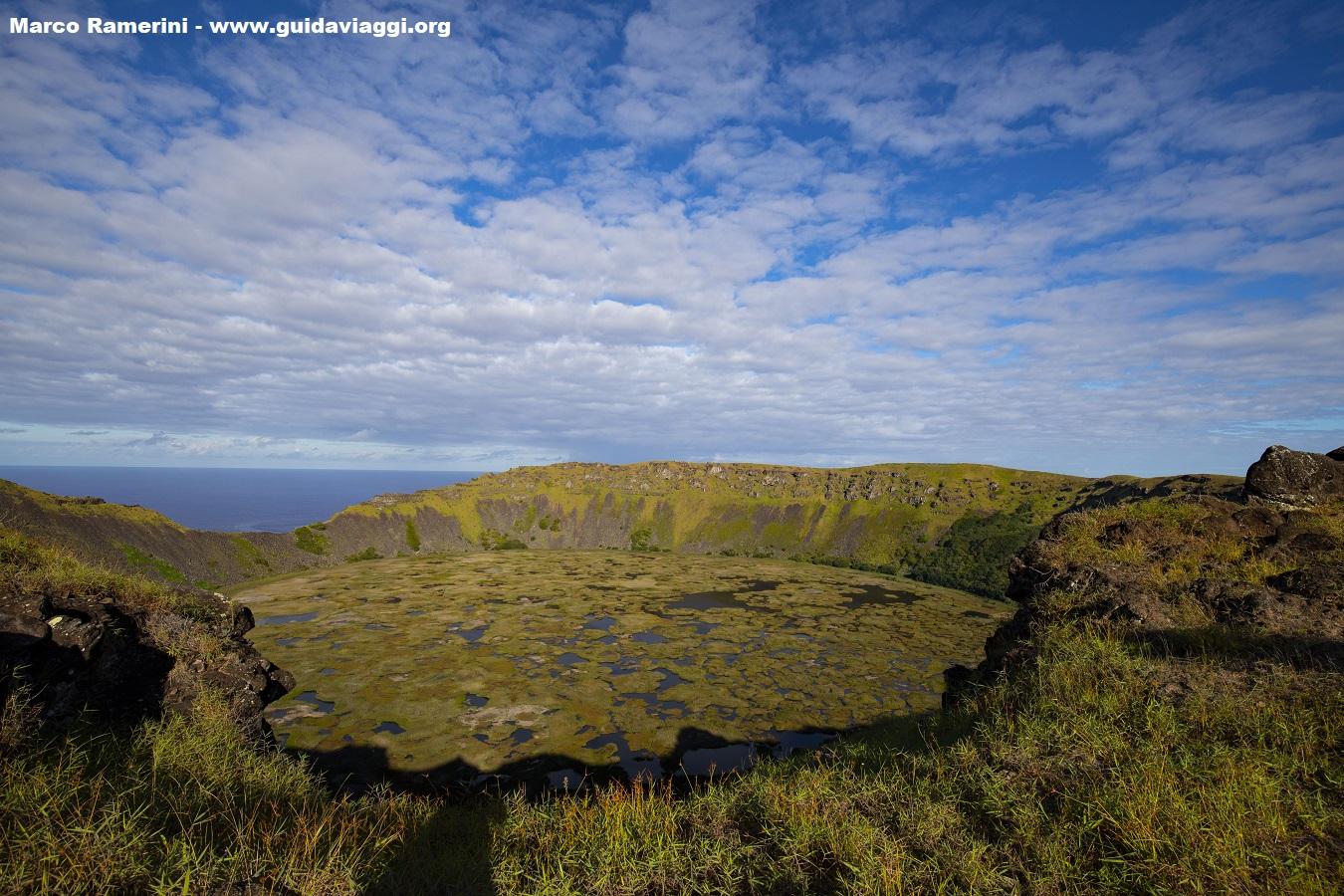 Rano Kau, Ilha de Páscoa, Chile. Autor e Copyright Marco Ramerini.