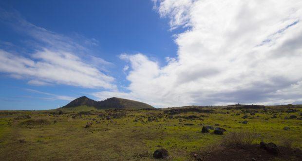 Rano Raraku, Ilha de Páscoa, Chile. Autor e Copyright Marco Ramerini.