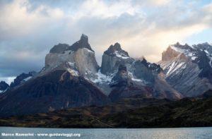 Cuernos del Paine, Parque Nacional Torres del Paine, Chile. Autor e Copyright Marco Ramerini