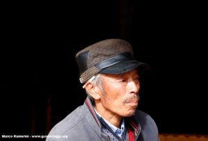Homem, Baisha, Yunnan, China. Autor e Copyright Marco Ramerini