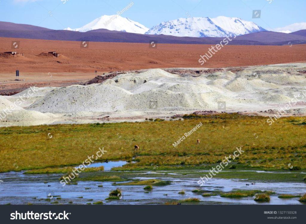 As cores dos planaltos andinos, Chile. Autor e Copyright Marco Ramerini