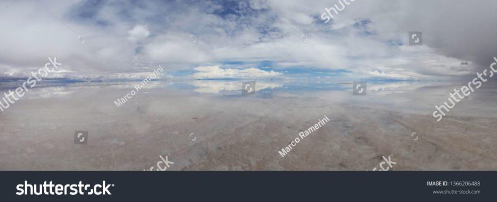 Reflexões sobre o Salar de Uyuni inundado, Bolívia. Autor e Copyright Marco Ramerini.