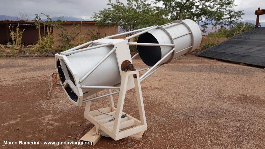 Um telescópio do observatório astronômico de Alain Maury, San Pedro de Atacama, Chile. Autor e Copyright Marco Ramerini