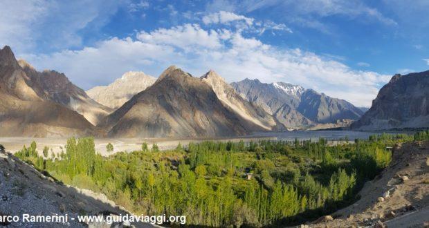 Cones de Passu, Hunza Valley, Paquistão. Autor e Copyright Marco Ramerini