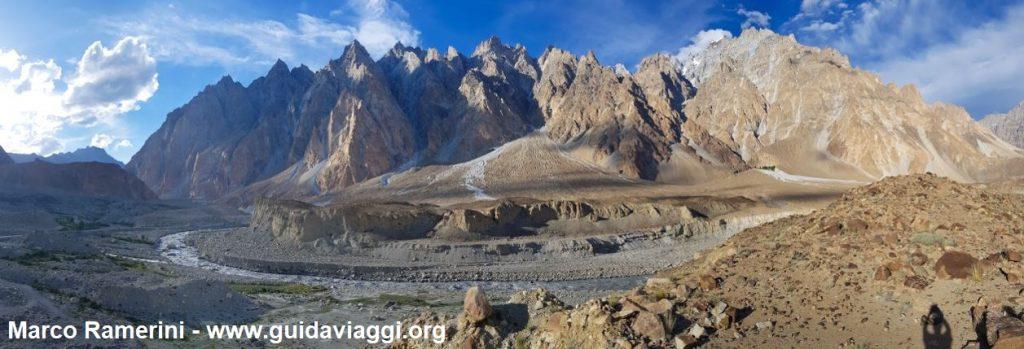 Cones de Passu, Hunza Valley, Paquistão. Autor e Copyright Marco Ramerini.