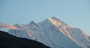 Monte Rakaposhi ao pôr do sol, Karakorum, Paquistão. Autor e Copyright Marco Ramerini