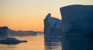 Icebergs no Icefjord (fiorde de gelo), Ilulissat, Groenlândia. Autor e Copyright Marco Ramerini