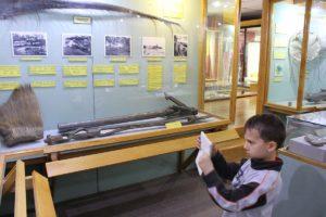 Fotógrafo no trabalho, Museu Maggiorino Borgatello, Punta Arenas, Chile. Autor e Copyright Marco Ramerini